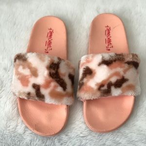 New Jeffery Campbell pink camo slides